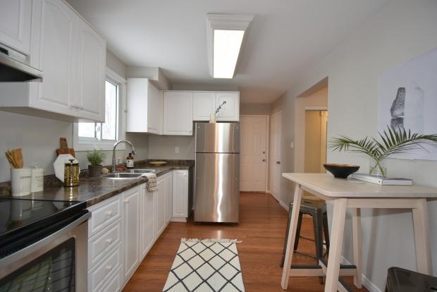 Kitchen staging, scandinavian style, modern style