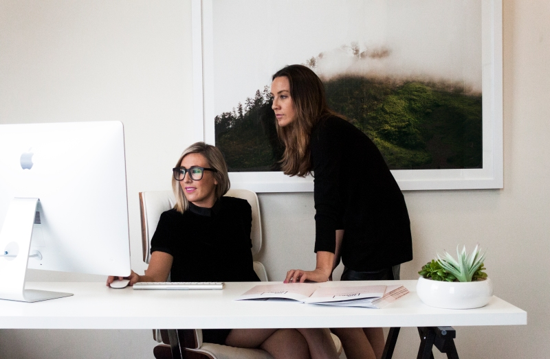Amy and Sara Chambarlain, The Real Estate Stylist